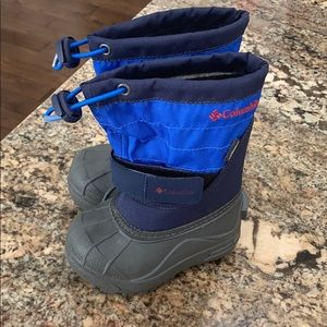 Toddler Columbia snow boots. Size 6